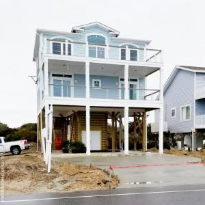 10044-U unique pier beach house plan 3d rendering